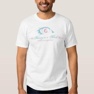 Beleza em um logotipo do piscamento t-shirts