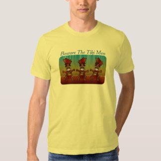 Beware a ilha tropical engraçada Luau dos homens Camiseta