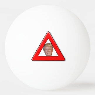 Beware da bola de Pong do sibilo de Trumpster