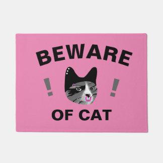 Beware do gato tapete