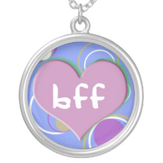 BFF no coração no fundo azul retro Bijuteria