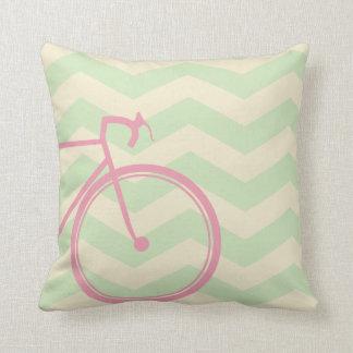 Bicicleta cor-de-rosa Chevron Travesseiros De Decoração