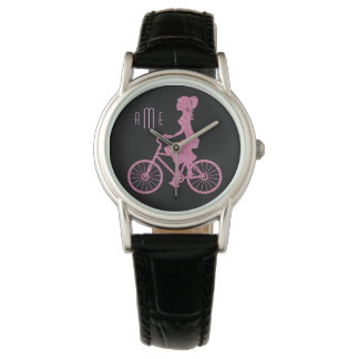Bicicleta cor-de-rosa no monograma preto relógio