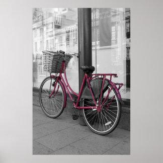 Bicicleta cor-de-rosa pôster