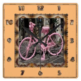 Bicicleta cor-de-rosa relógios de paredes