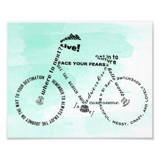 Bicicleta da arte da palavra da aventura sobre a impressão de foto