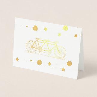 Bicicleta do vintage construída para o obrigado cartão metalizado