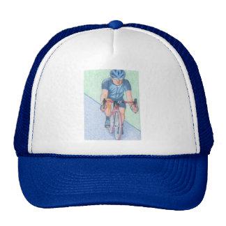 Bicicleta e boné do cavaleiro
