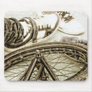 Bicicleta no parque da bacia mouse pad