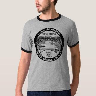 Bicicleta retro da ponte de fardo de Iver Johnson Camiseta