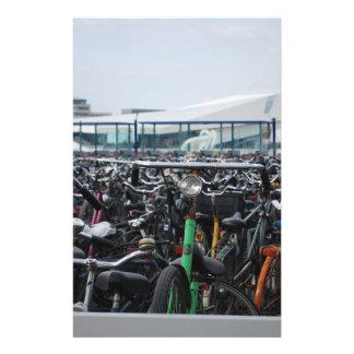Bicicletas em Amsterdão Panfletos Coloridos