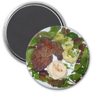 Bife e ímã triturado do refrigerador do comensal imã