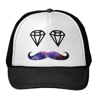 Bigode e diamantes boné