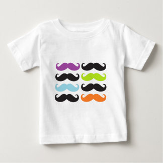 Bigodes brilhantes t-shirt