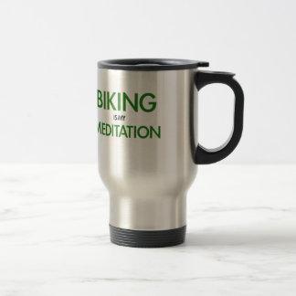 Biking é minha meditação caneca térmica