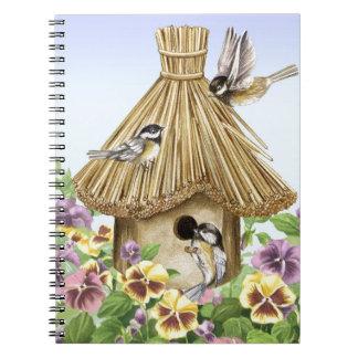 Birdhouse dos Chickadees Caderno Espiral