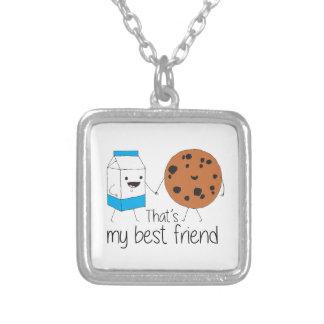 Biscoitos e leite - melhores amigos colar banhado a prata