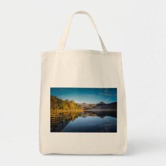 Blea distrito de Tarn, lago, Cumbria Bolsa Tote