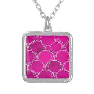 Bling cor-de-rosa fluorescente colar com pendente quadrado