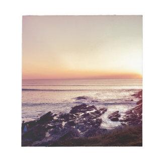 Bloco De Anotação Por do sol da praia de Fistral