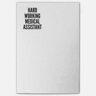 Bloco De Notas Duro que trabalha o assistente médico
