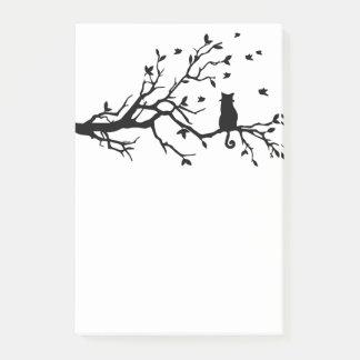 Bloco De Notas Gato na silhueta da árvore
