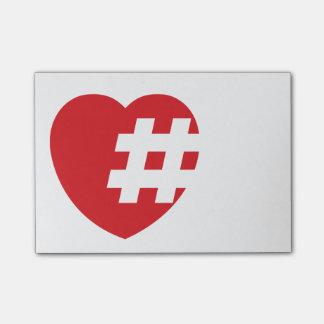 Bloco De Notas hashtag em um coração