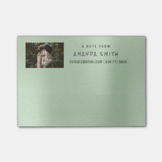 Bloco De Notas Mensagem do nome incorporado da foto do metal do