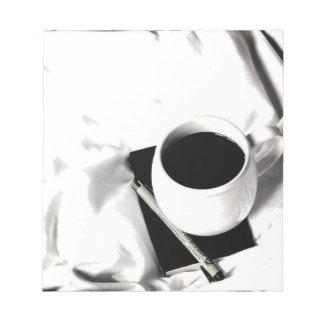Bloco De Notas Pequeno almoço preto e branco do copo de café na