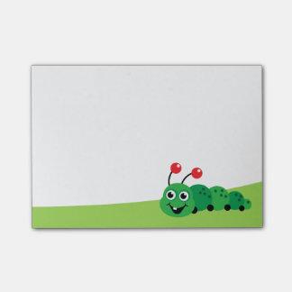 Bloco Post-it Beira bonito do verde da lagarta dos desenhos