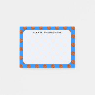 Bloco Post-it Bolas do basquetebol do monograma no azul Azure
