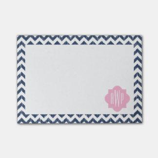 Bloco Post-it Notas de post-it Monogrammed azuis de Chevron Ikat