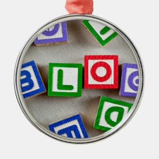 Blogue Ornamento Redondo Cor Prata