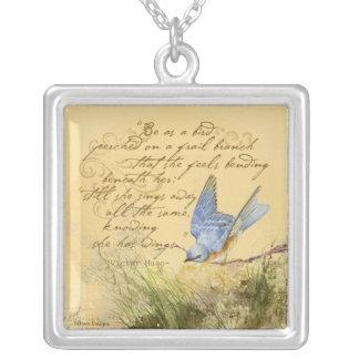 Bluebird na colar das citações de Victor Hugo do r