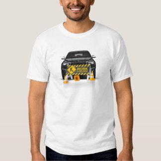 BMW no t-shirt do TRABALHO