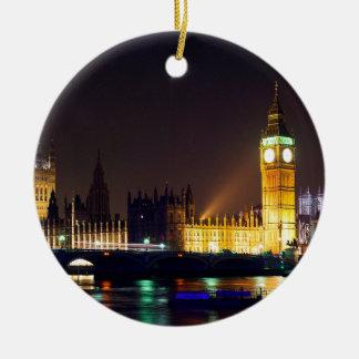 Bn grandes no rio de Londres Ornamento De Cerâmica Redondo