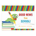 Boa notícia da escola com leitor ávido cartão postal