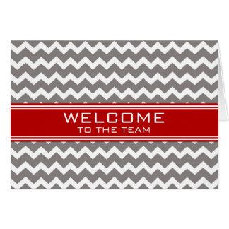Boa vinda cinzenta vermelha do empregado de cartão comemorativo