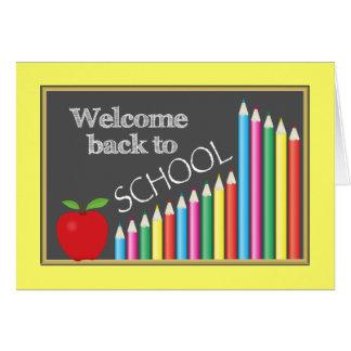 Boa vinda colorida de volta à escola cartão comemorativo
