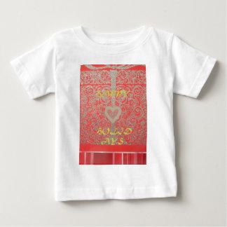 Boas festas design vermelho do coração do brilho tshirts