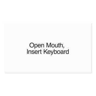 Boca aberta teclado da inserção modelo cartao de visita