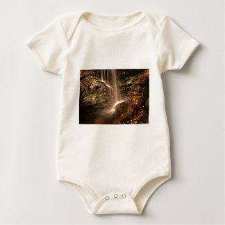 Body Para Bebê A base da armadilha cai no outono
