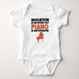 Body Para Bebê A educação é importante mas o piano é Importanter