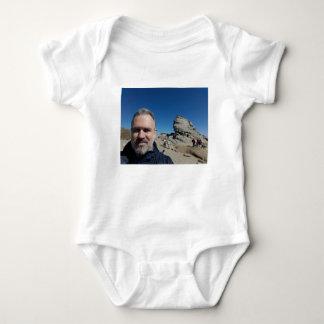 Body Para Bebê A esfinge, montanhas de Bucegi, Romania (design