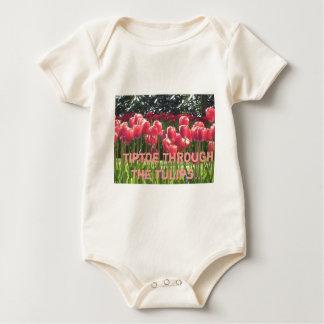 Body Para Bebê a ponta do pé através do bebê das tulipas cresce