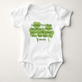 Body Para Bebê A posse do pai irlandês da bênção seus corações
