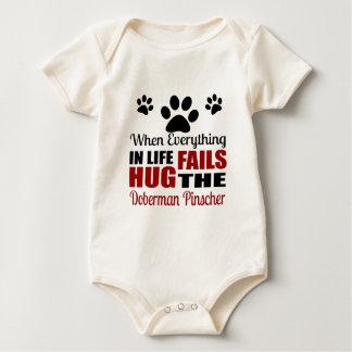 Body Para Bebê Abrace o cão do Pinscher do Doberman
