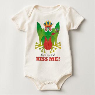 Body Para Bebê Acima do sapo do príncipe Fechamento e beije-me!