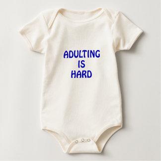Body Para Bebê Adulting é duro
