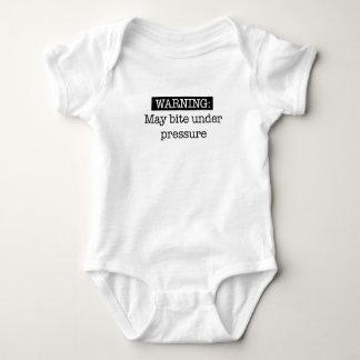 Body Para Bebê advertir pode morder sob a pressão